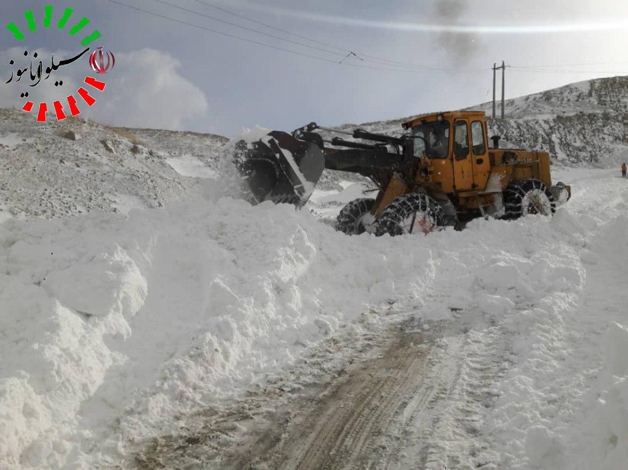 اختصاصی  مسیر گشایی جاده ارومیه – بخش سیلوانا و میزان بارش برف