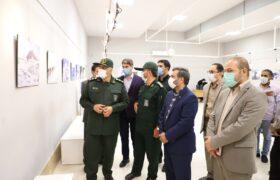 نمایشگاه عکس« دفاع همچنان باقی است» در نگارخانه حوزه هنری آذربایجان غربی افتتاح شد