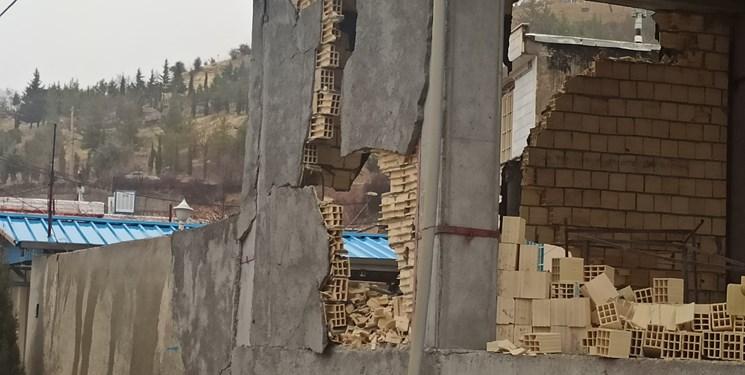 زلزله ۵.۶ ریشتری سیسخت بدون تلفات جانی+عکس/تخریب کلی ۱۵ درصد منازل مسکونی
