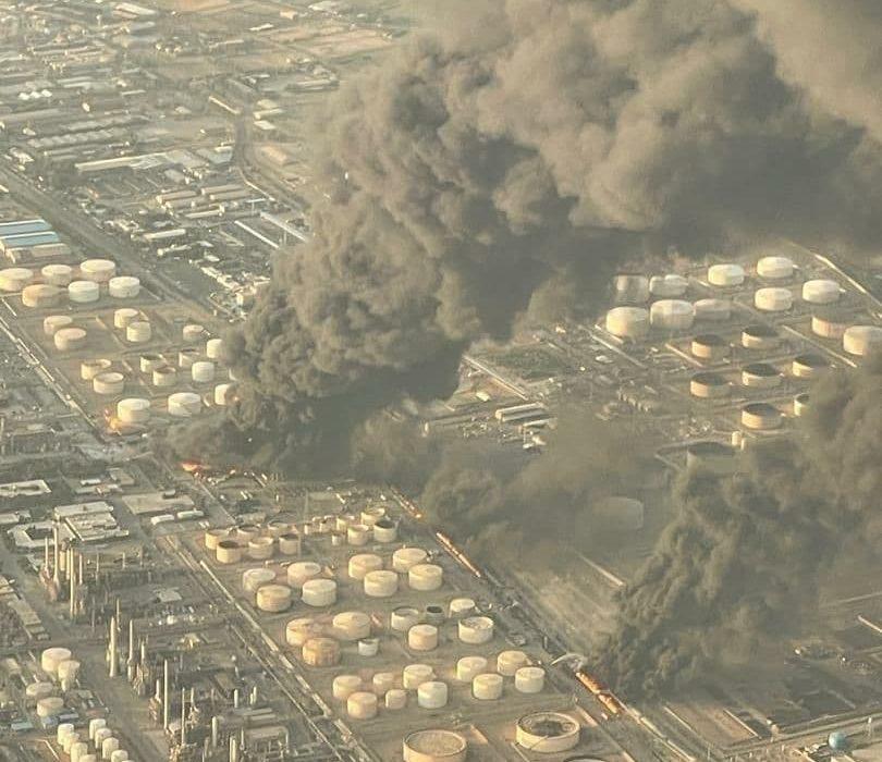 آتشسوزی در خط لوله پالایشگاه تهران+فیلم