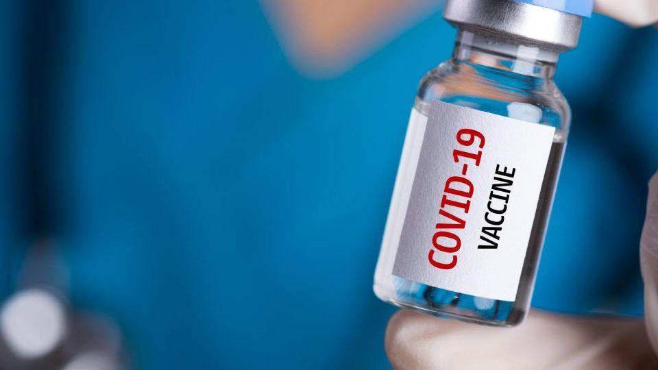 افتخار واکسن ایرانی کرونا با واکسیناسیون سراسری کامل میشود