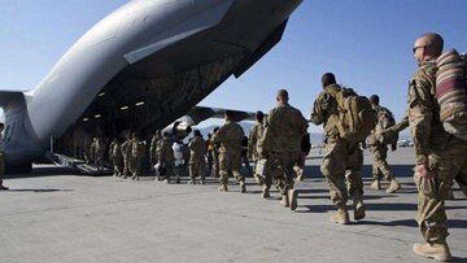 اکونومیست: جنگ آمریکا در افغانستان با شکستی فجیع به پایان رسید