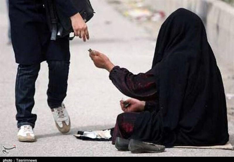 وجود متکدیان برای چهره شهر ارومیه زیبا نیست/ از بکارگیری کودکان تا سوء استفاده از احساسات مردم