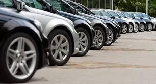 واردات خودرو برای عموم مردم آزاد است